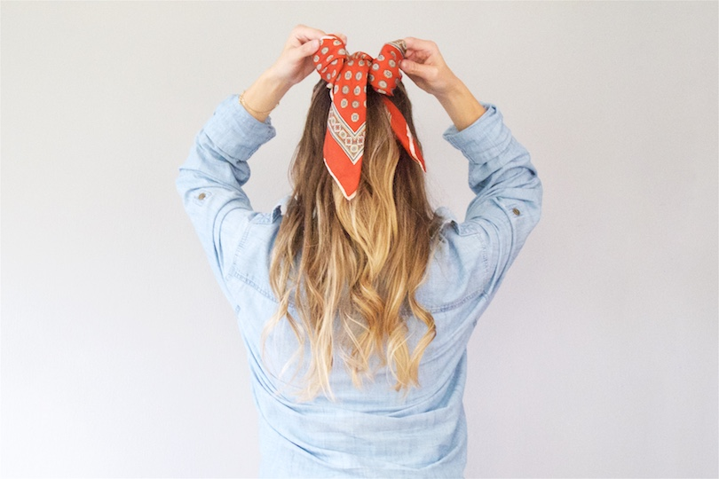 Scarf Hairstyles. Fashion Blogger Girl by Style Blog Heartfelt Hunt.