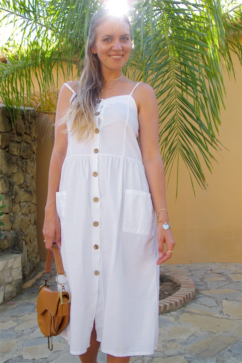 Button-Down Dress. Fashion Blogger Girl by Style Blog Heartfelt Hunt. Girl with blond half-up half-down hairstyle wearing a button-down dress, Dior saddle bag and raffia heels.