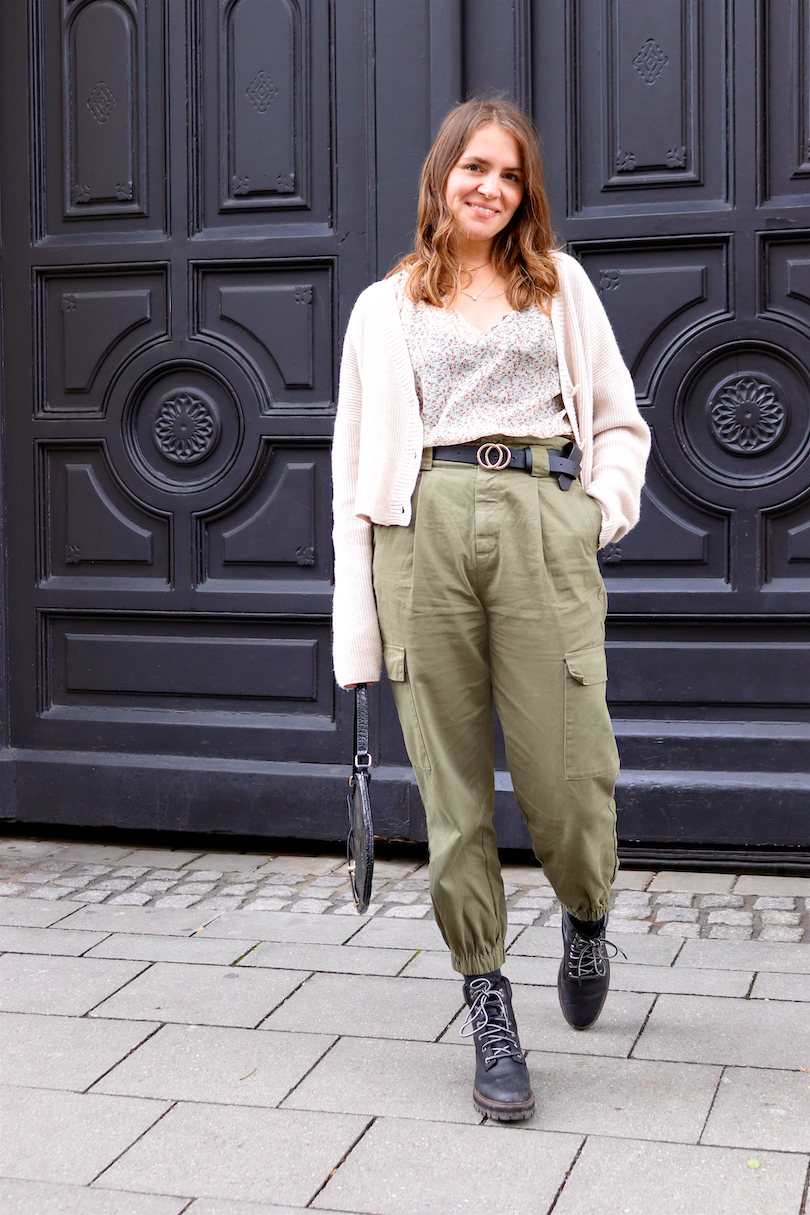 Cargo Pants. Fashion and Style Blog Girl from Heartfelt Hunt. Girl with blonde, loose waves wearing a floral blouse, cardigan, cargo pants, bag, belt and Timberland boots.