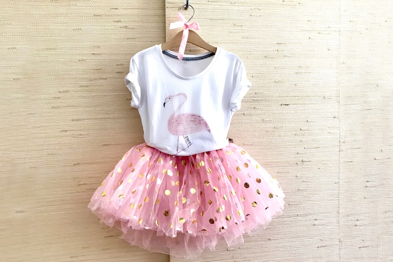 DIY Birthday Outfit. Fashion Blogger Girl by Style Blog Heartfelt Hunt. Blogger mom showing her diy birthday outfit for her two-year old girl with a white T-shirt and a pink tulle skirt.