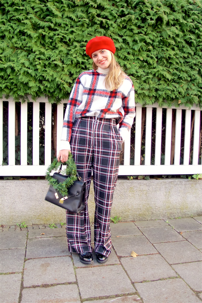 Double Checked. Fashion and Style Blog Girl from Heartfelt Hunt. Girl with blonde hair wearing a checked sweater, checked pants, turtleneck sweater, red beret, vintage MCM bag and black flats.