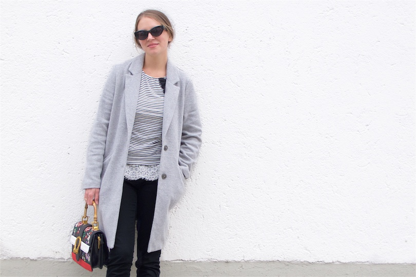 0d65e9ca816bf4 Fashion Blogger Girl by Style Blog Heartfelt Hunt. Girl with blond