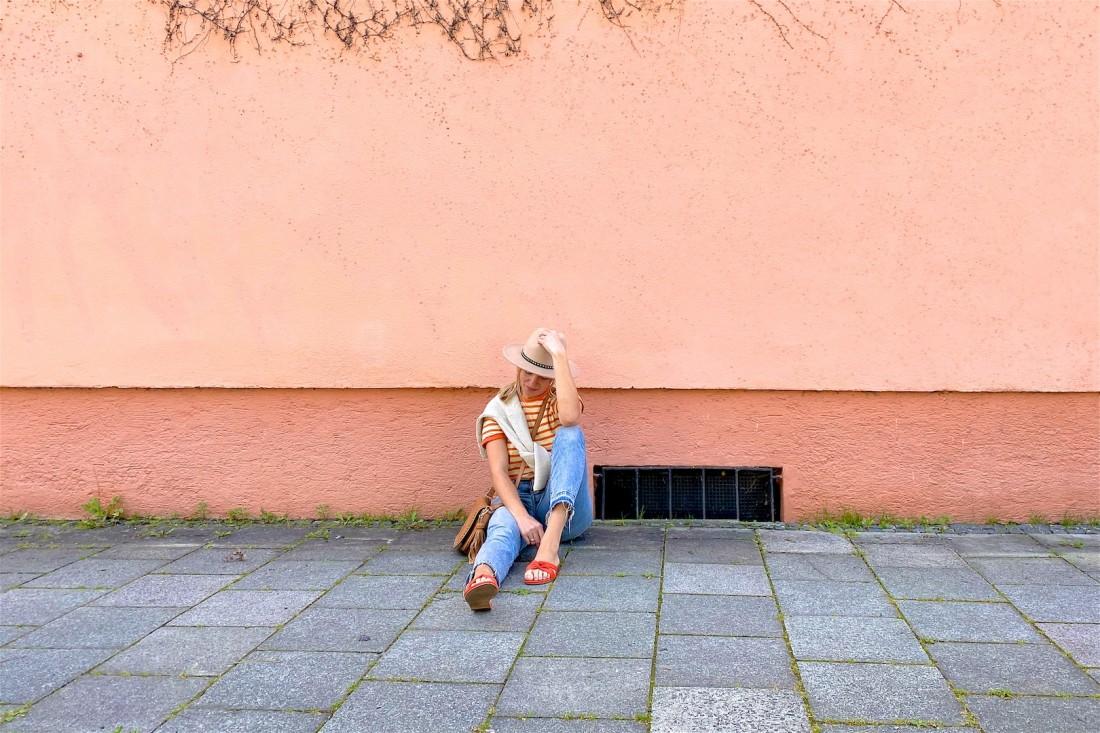 Felt Hat. Fashion Blogger Girl by Style Blog Heartfelt Hunt. Girl with blond ponytail wearing a felt hat, striped tee, mom jeans, brown boho bag and orange sandals.