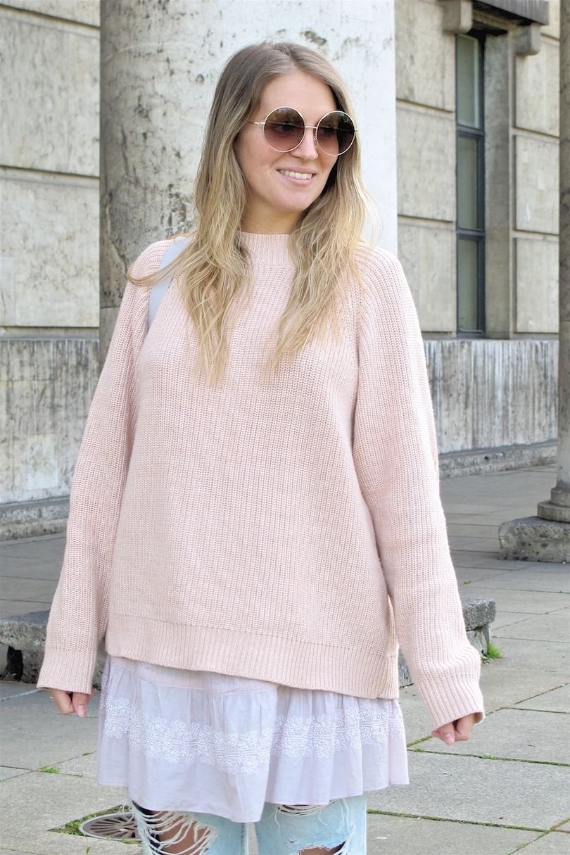 90659fed69c3 Light Pink Layers. Fashion and Style Blog Girl from Heartfelt Hunt. Girl  with blonde