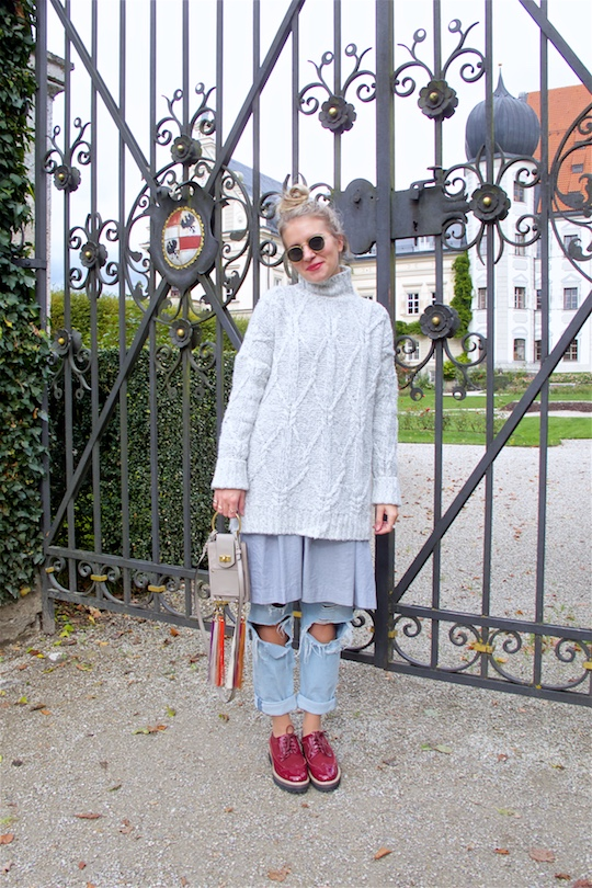 Mother Daughter Trip. Fashion and Style Blog Girl from Heartfelt Hunt. Girl with blonde upside down braided bun wearing an oversized sweater, dress, destroyed jeans, Chloé bag, Ray-Ban sunglasses and burgundy brogues.