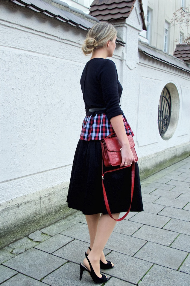 Red Plaid. Fashion and Style Blog Girl from Heartfelt Hunt. Girl with blonde, low bun wearing a red plaid peplum top, black midi skirt, belt, red bag and peeptoe heels.